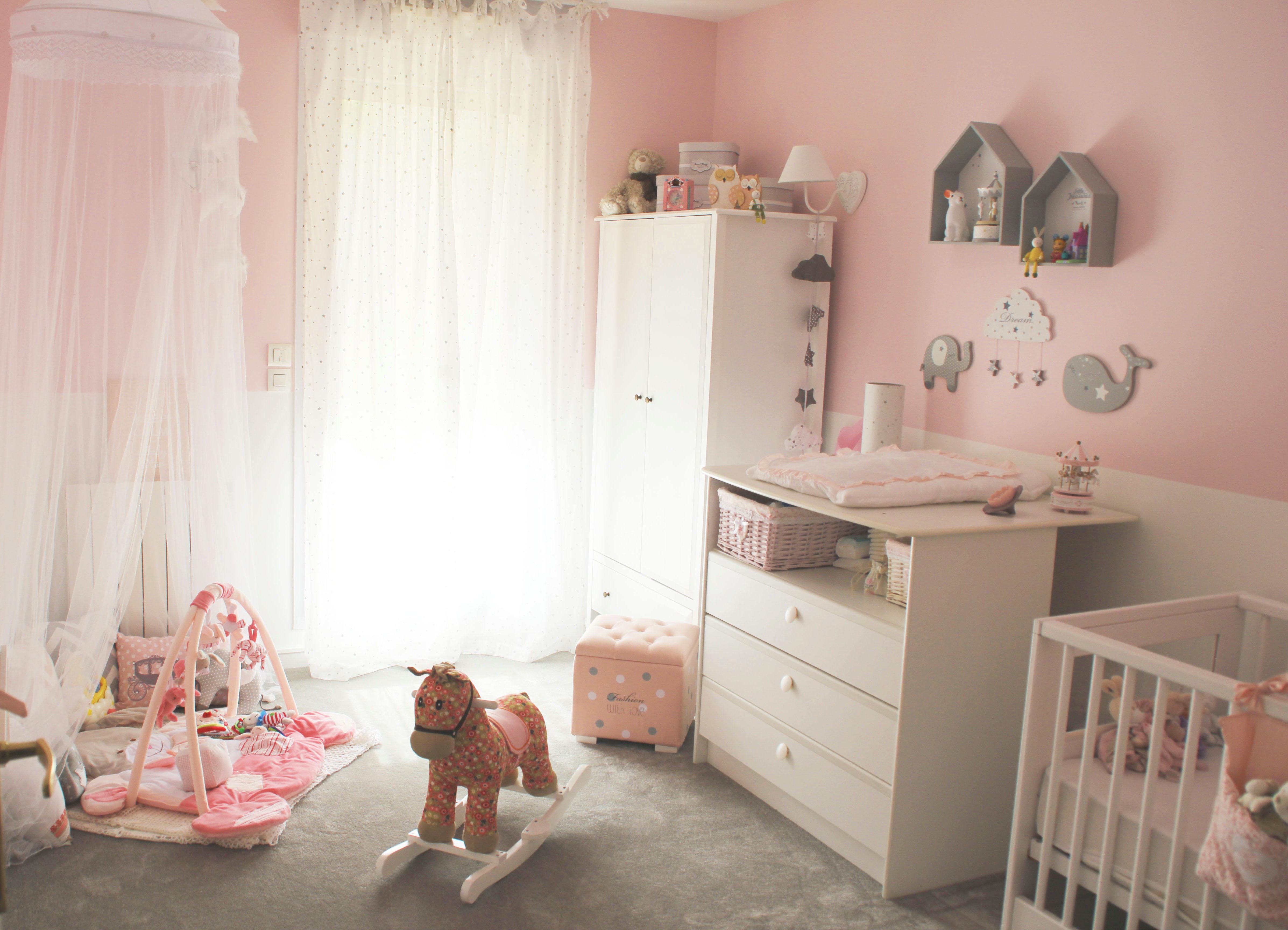 Couleur chambre bébé fille photos