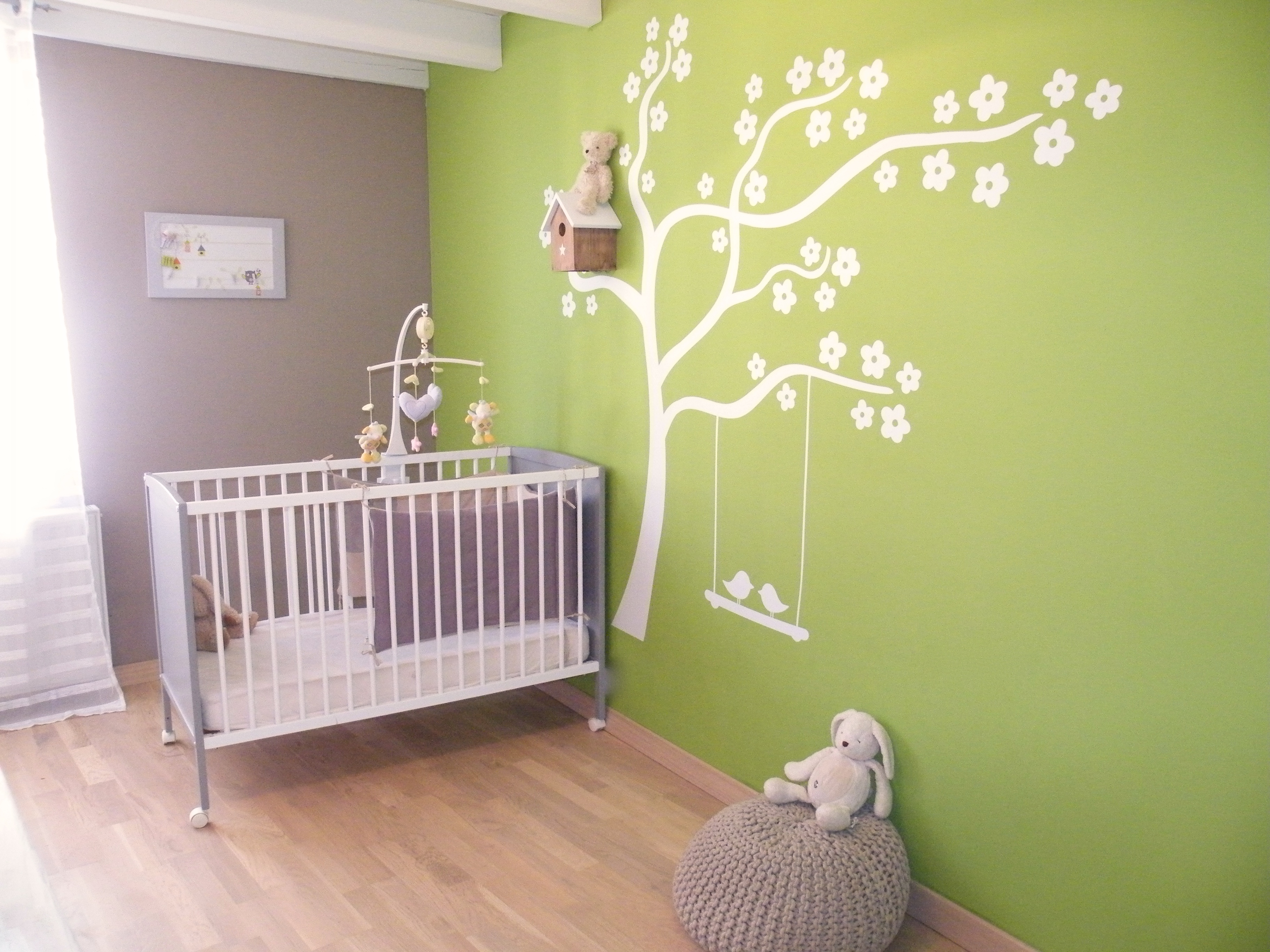 Déco chambre bébé rose et vert - Famille et bébé