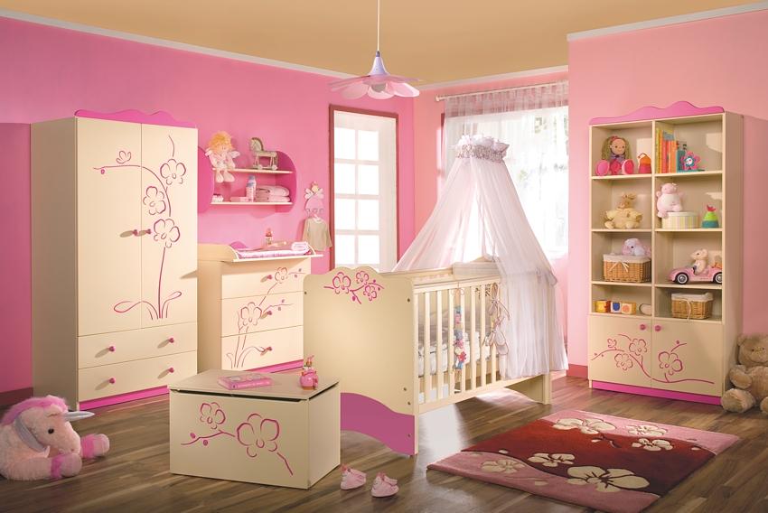 Chambre bébé fille rose