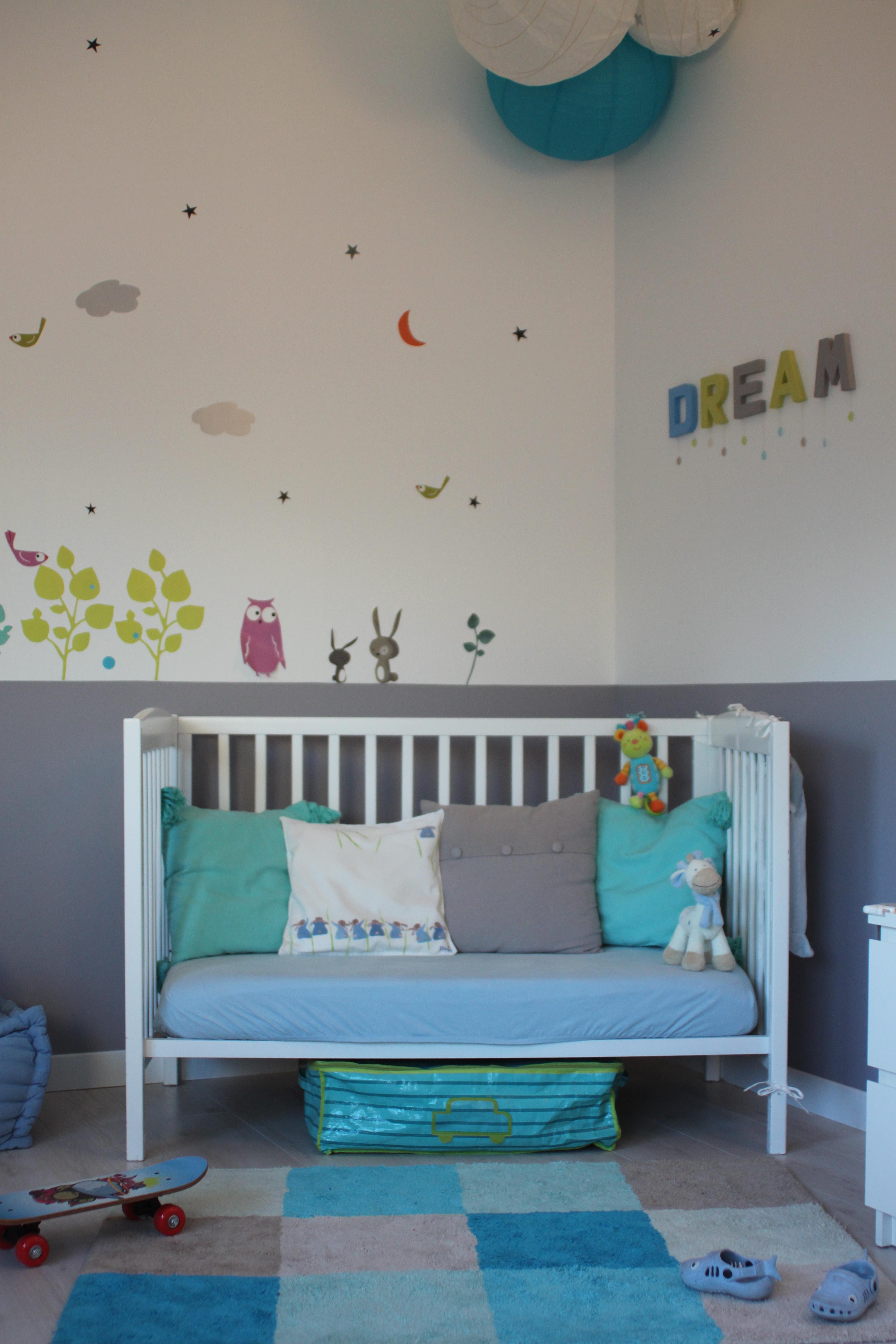 chambre bebe gris bleu blanc