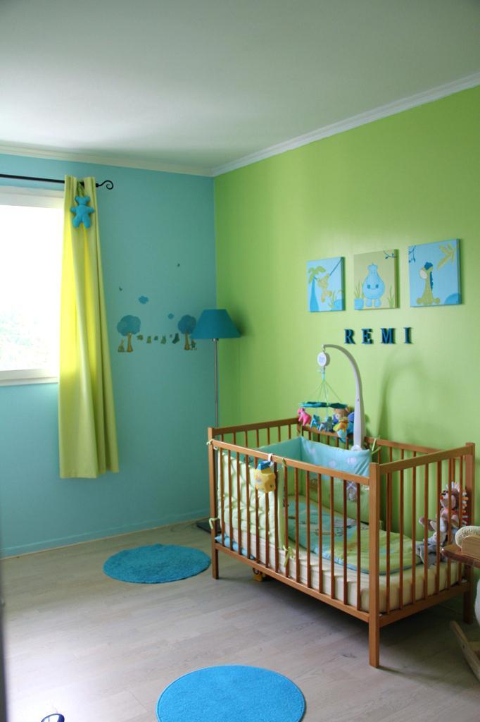 Jaune Et Rose Chambre Bebe : Chambre bébé bleu turquoise vert anis famille et