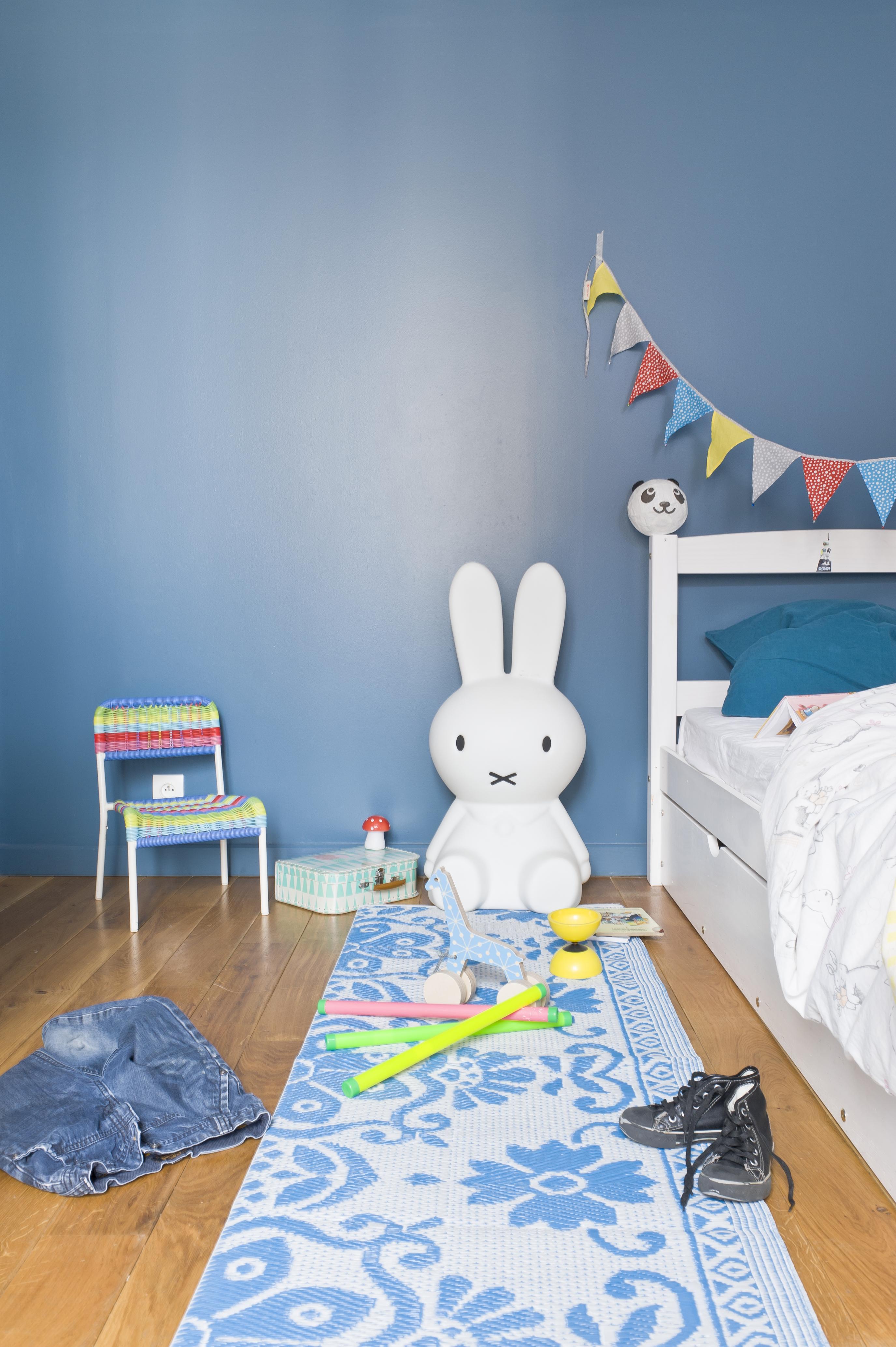 Chambre bébé bleu acier - Famille et bébé