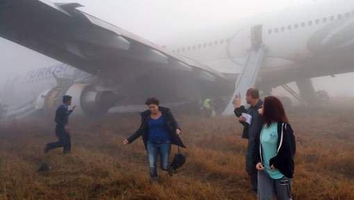 Toboggan d'évacuation avion