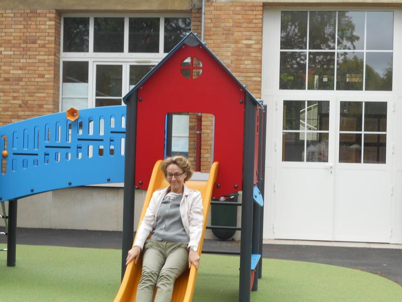 Toboggan école maternelle