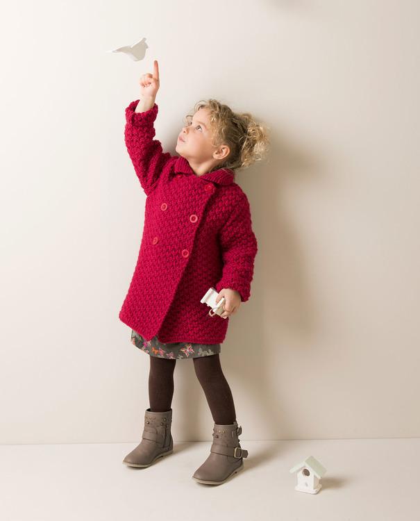 modele tricot manteau bebe fille