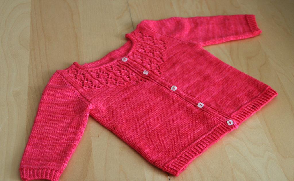 modèle de tricot gratuit pour bébé fille